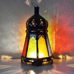 Lanterna di candele in vetro colorato e ferro trafitto