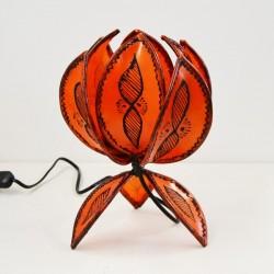 Candeeiro de tabela em forma de flor de lótus de couro pintado