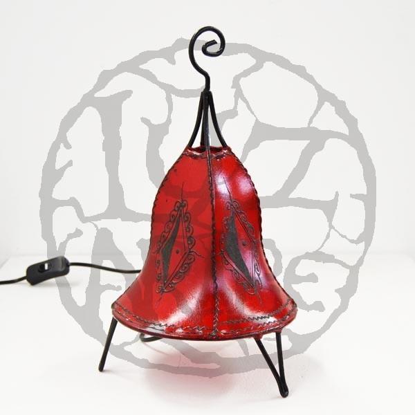 Acquista lampadario forma a campana in pelle dipinta con l for Lampadario da tavolo