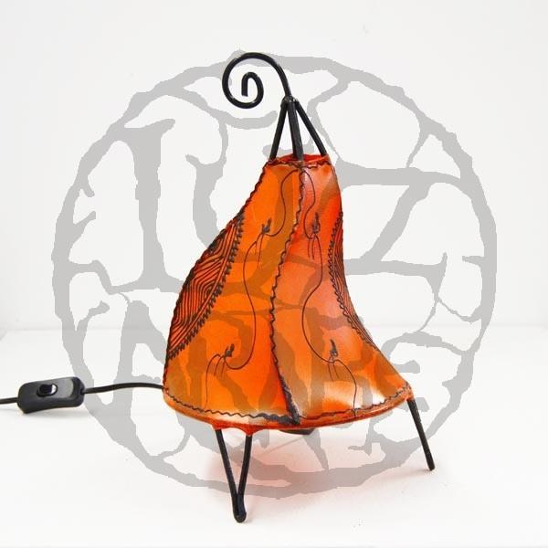 Acquista lampadario forma a gallo in pelle dipinta con l for Lampadario da tavolo