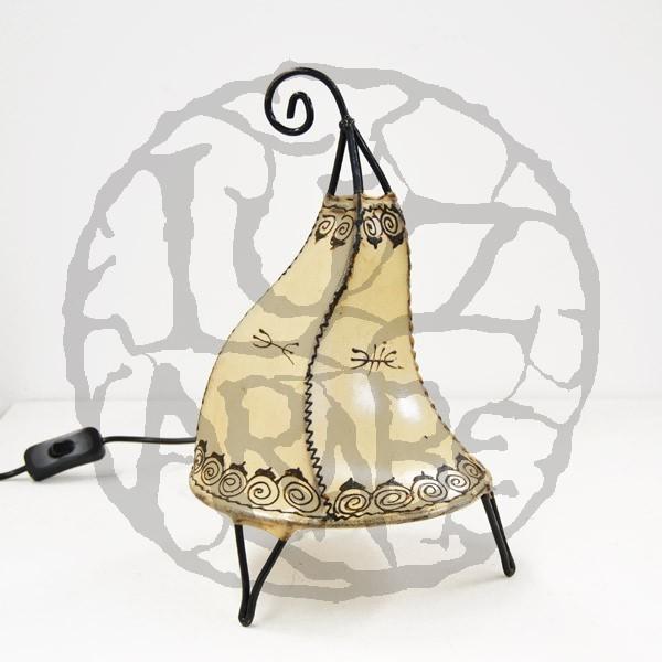 Acquista Lampadario forma a Gallo in pelle dipinta con l ...