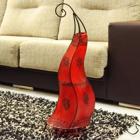 Lámpara llama de cuero pintada con henna