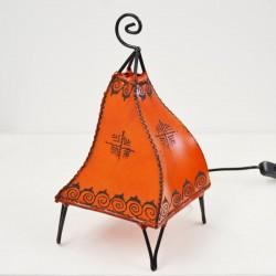 Lampe de table forme de paon de cuir peint au henné