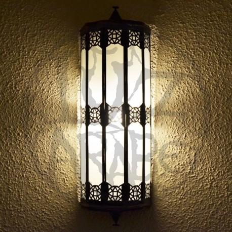 Grand applique da parete marocchina di vetro bianco con resina