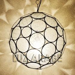 Grande lampadario forma di sfera in vetro traslucido