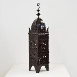 Lanterna em ferro perfurada forma minarete Koutoubia