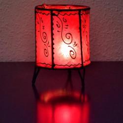 castiçal forma copo de couro pintado com henna