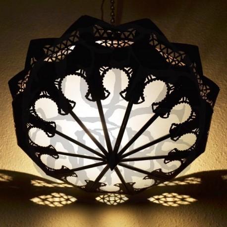 Abat-jour arabe de fer ajouré et verre blanc