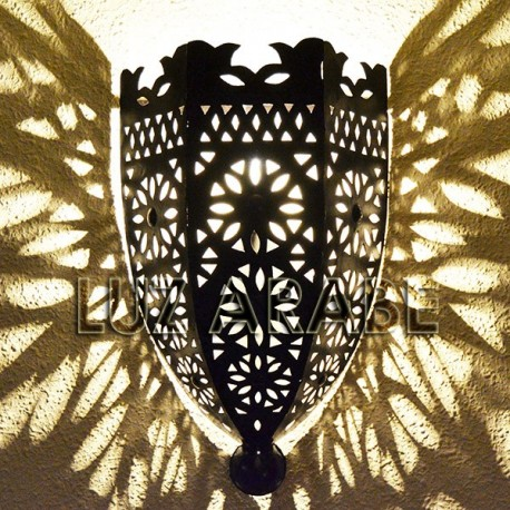 Large openwork iron sconce of medieval style