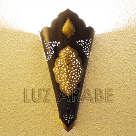 Gran aplique de pared arabe de cobre