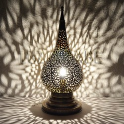 Teardrop shape Moroccan lamp of sawn brass