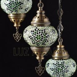 Lámpara araña turca de mosaico de tres tulipas con tono verde