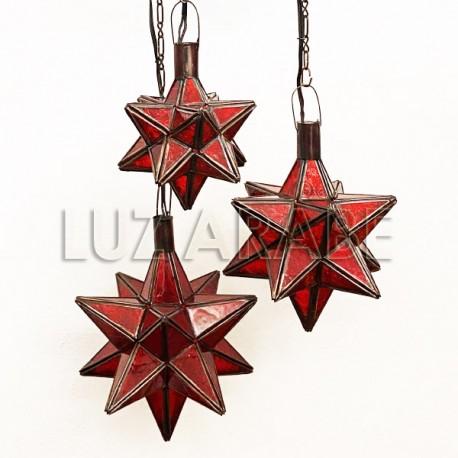 Lampadario con stelle di Natale in vetro rosso